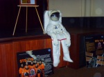 Ejemplar de traje espacial en exhibición