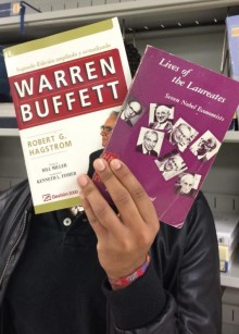 *Lives of the Laureates, Seven Nobel Economists -by James Tobin *Warren Buffett (2ª edición ampliada y actualizada) por -Robert G. Hagstrom