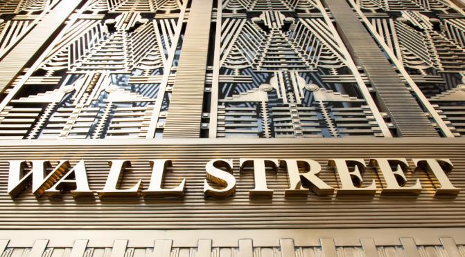 ¿Qué esta pasando con las acciones de Game Stop en Wall Street?
